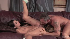 Young latina shows an adult neighbor, how she fucks her husband