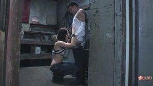 Пропавшую девушку заставляют сосать в доках Лос-Анджелеса