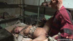 Фредди Крюгер затащил в свой кошмары самых развратных шлюх