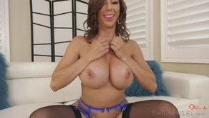 Milf in blue lingerie gets ass fucked