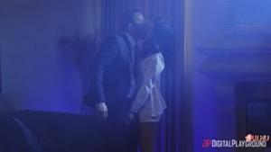 Классический сценарий секса жертвы с киллером