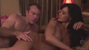 Нежный секс с грудастой опытной красавицей
